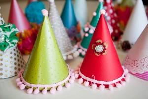 Cómo hacer sombreros de papel para fiestas