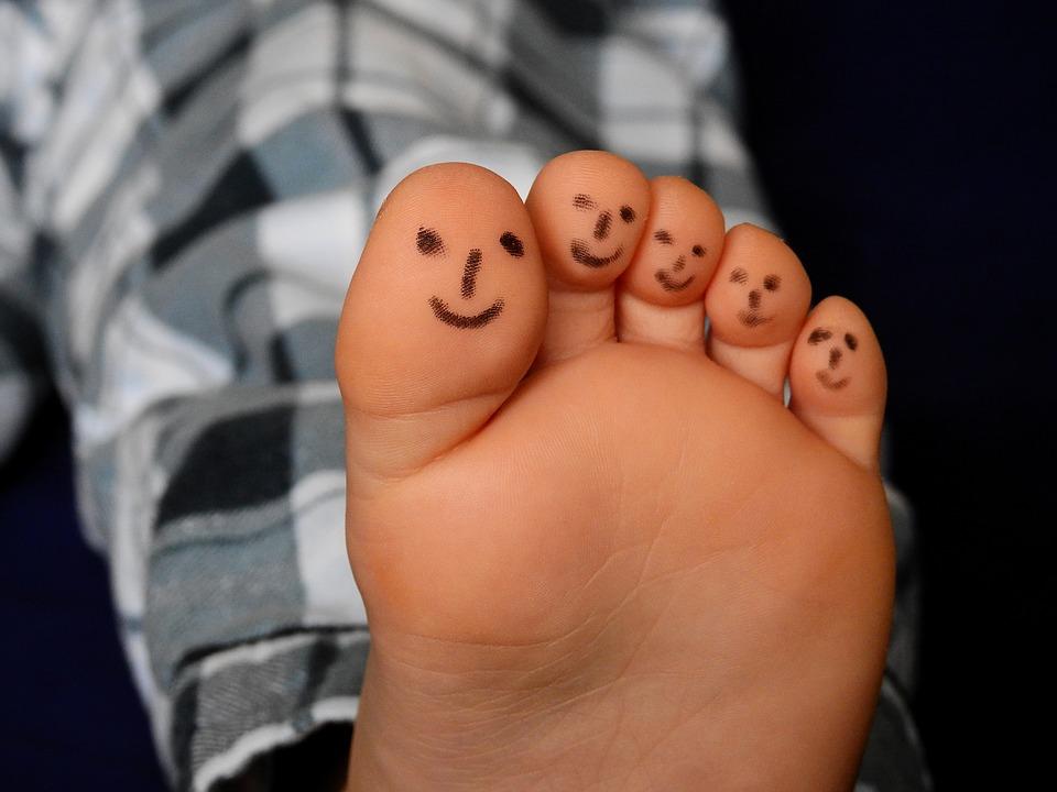 Ideas para una fiesta de pijamas-5 dedos